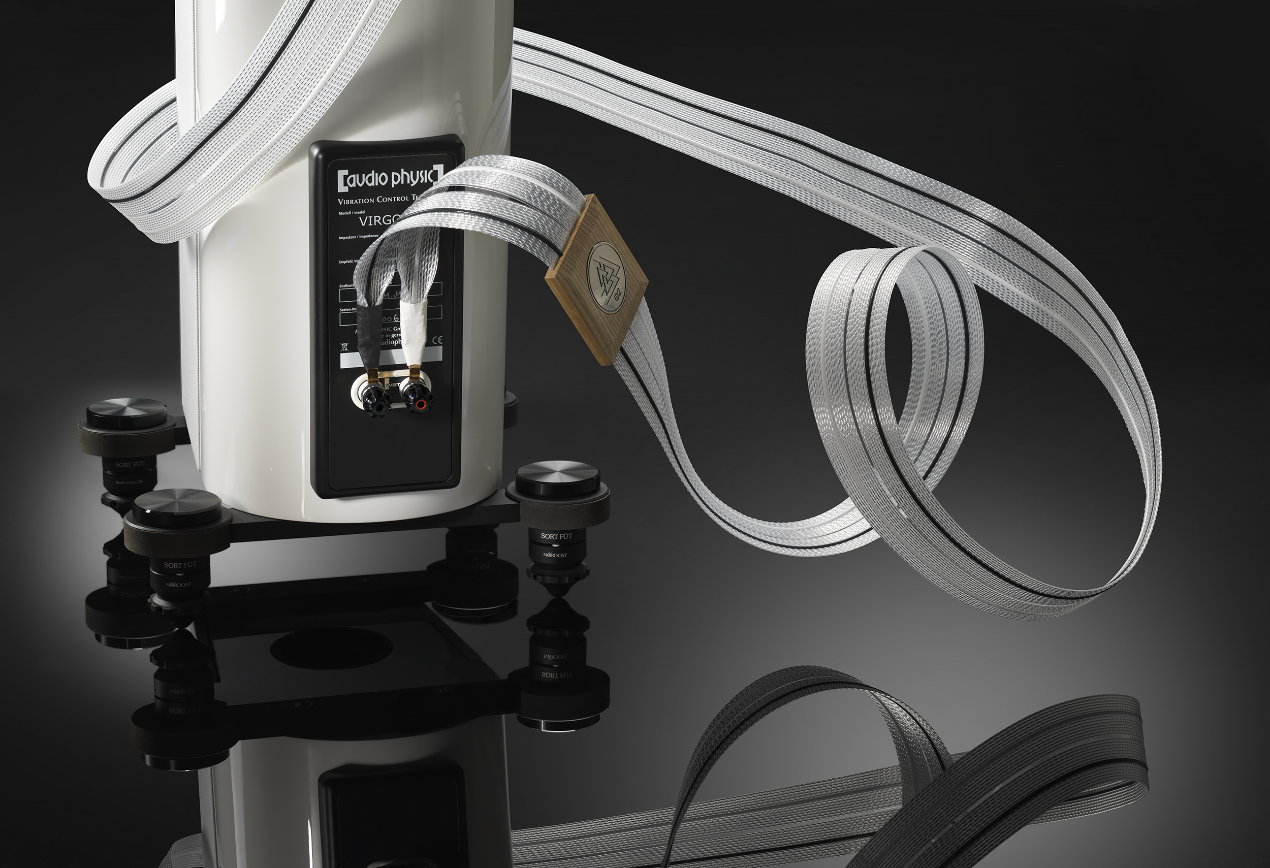 Odin 2 Supreme Reference Cables The Audio Salon Wiring Black White Silver Gold Speaker Cable